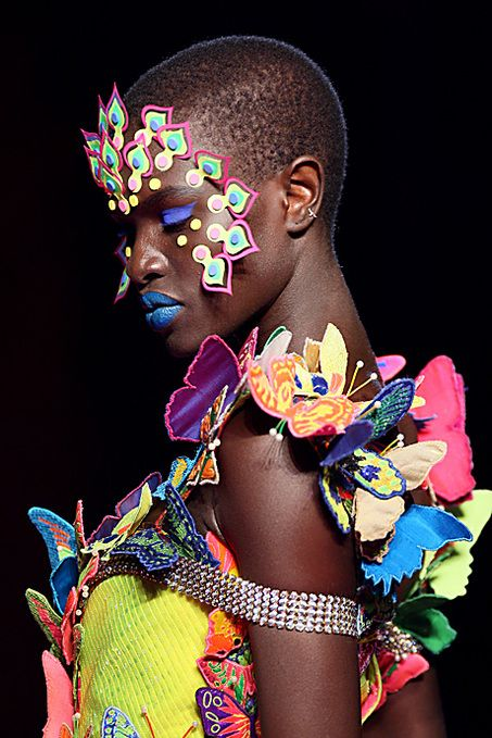 A model presents a creation by Indian designer Manish Arora during the Spring/Summer 2008 ready-to-wear collection show in Paris, 30 September 2007. AFP PHOTO FRANCOIS GUILLOT (Photo credit should read FRANCOIS GUILLOT/AFP/Getty Images)